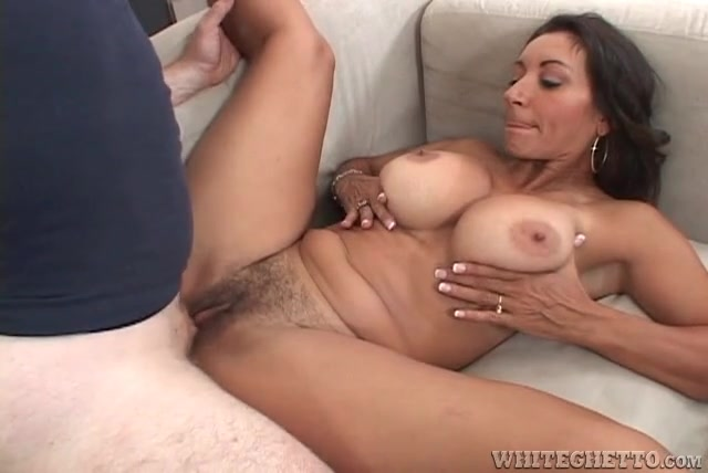 mary louise busty amateur